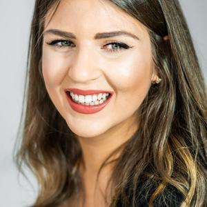 Ver perfil de Adrianna Calvo