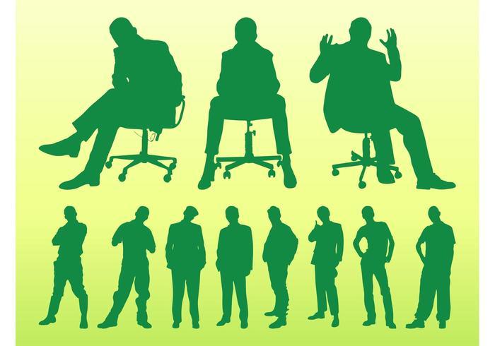 Hommes assis et debout