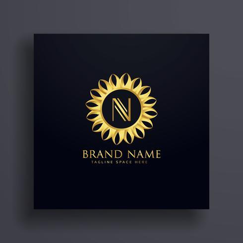 letter N premium logo conceptontwerp met gouden decoratie