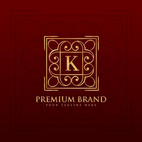 Goldemblemmonogramm-Logoentwurf für Buchstaben K