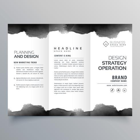 Trifold-Broschüre-Entwurfsvorlage für schwarzes Aquarell