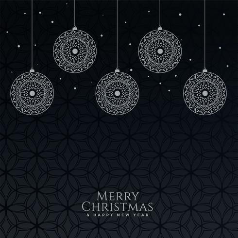 Bolas de Navidad decorativas hermosas sobre fondo negro
