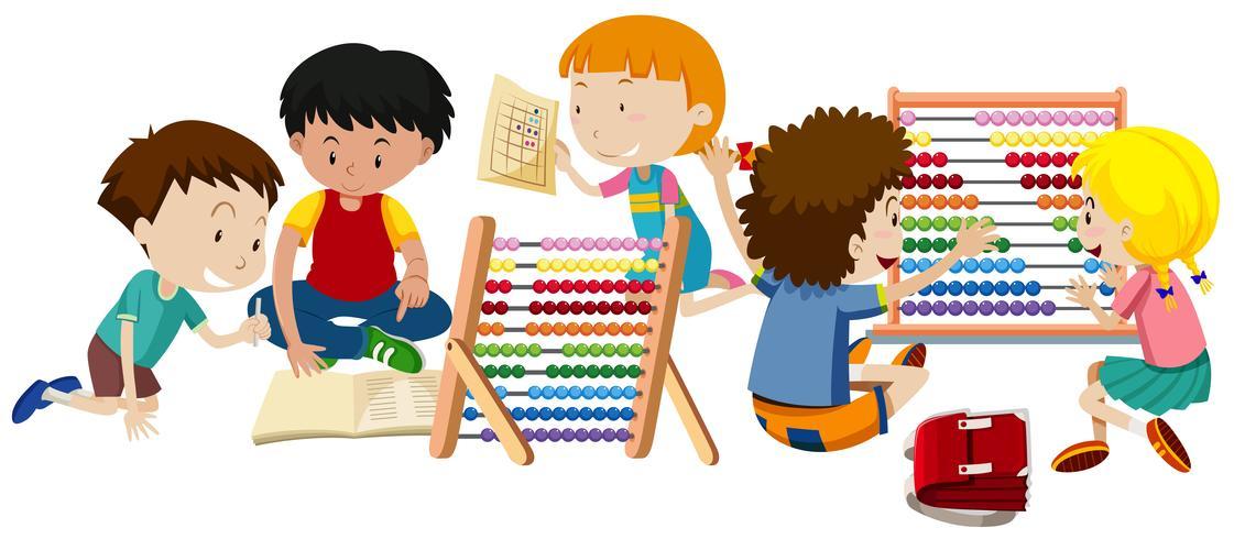 Un grupo de niños aprendiendo