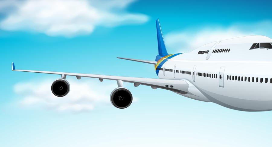 Aviones comerciales volando en el cielo