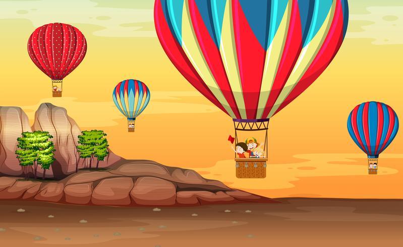 Globo aerostático en el desierto