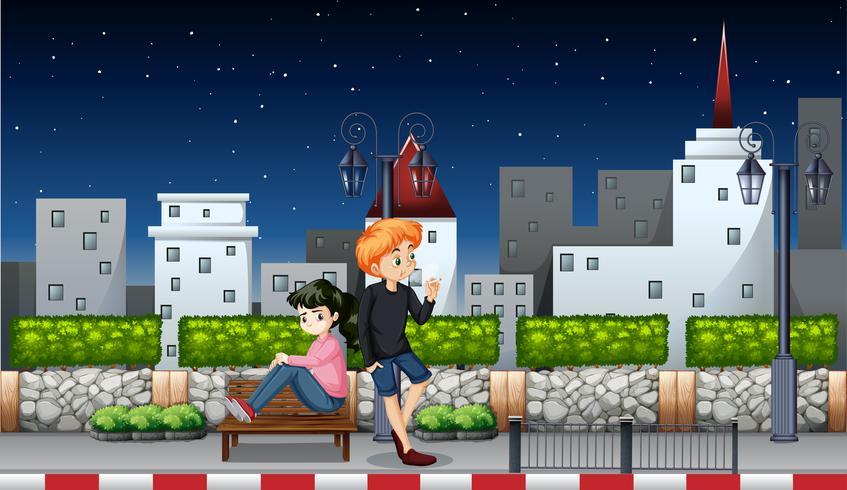 Jeune couple la nuit