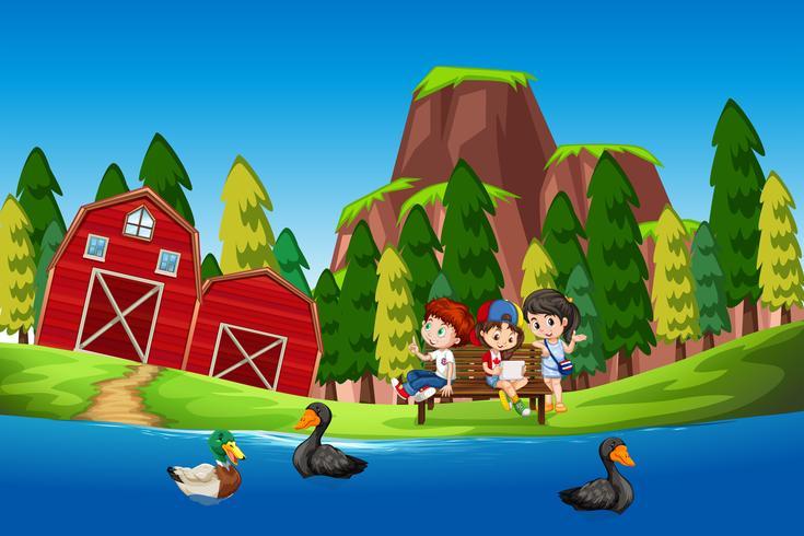 Niños en el estanque de los patos.