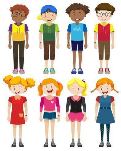 Garçons et filles avec un visage heureux
