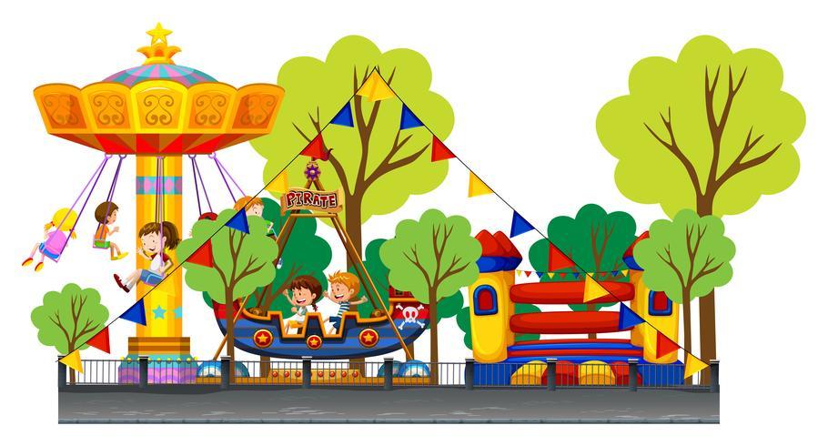 Verschillende attracties op het carnaval