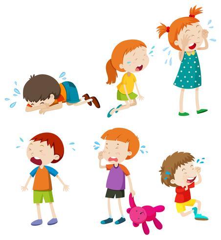 Un conjunto de niños llorando