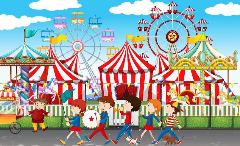 Muitas crianças no carnaval
