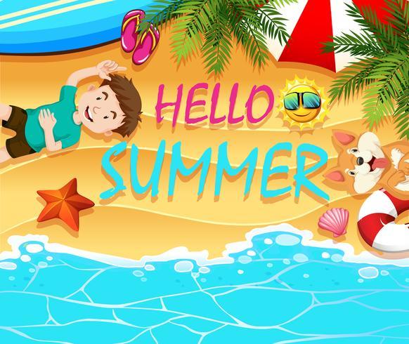 Sommerthema mit Jungen und Hund am Strand