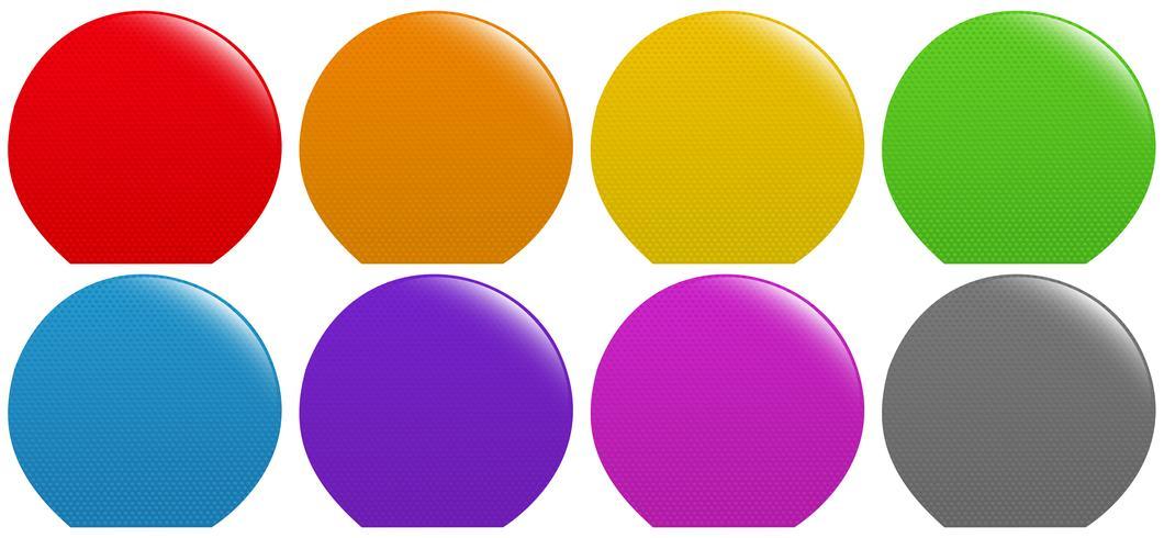 Botones coloridos en blanco