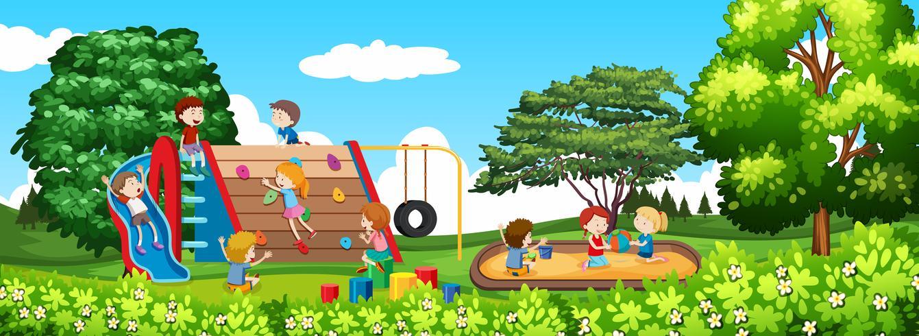 Niño jugando en un parque