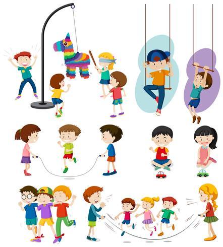 Conjunto de niños jugando
