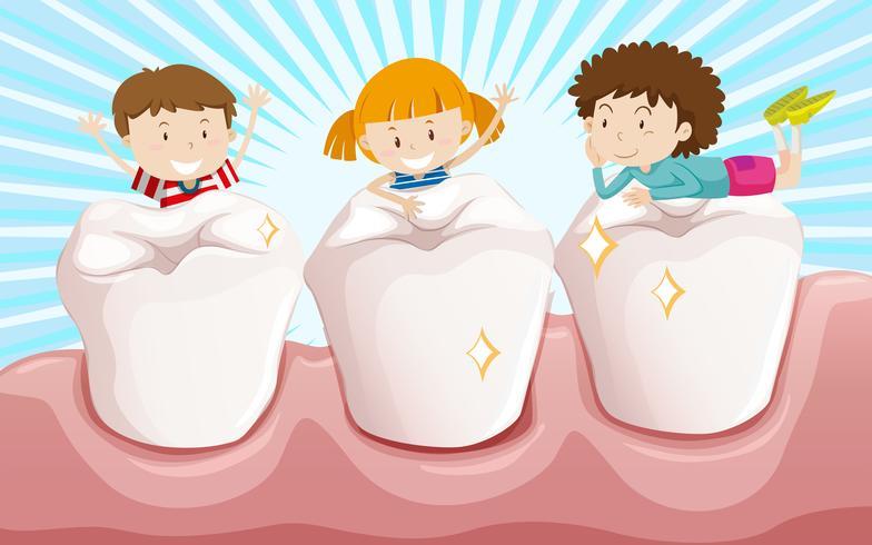 Zähne putzen und fröhliche Kinder