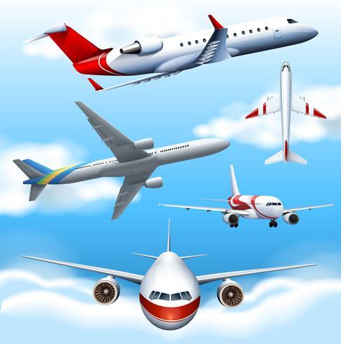 Molti aeroplani che volano nel cielo