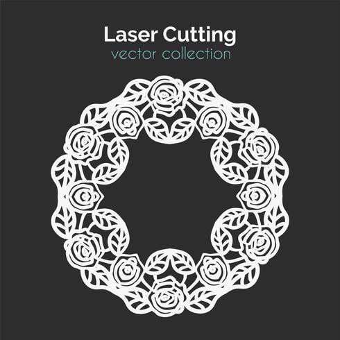 Laserschneideschablone. Runde Karte mit Rosen.