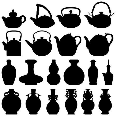 Tee Teekanne & Weinflasche.