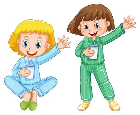 Meisje dat pyjama's drinkt