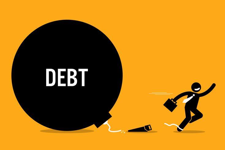 Homem se libertar da dívida cortando a corrente com uma serra.