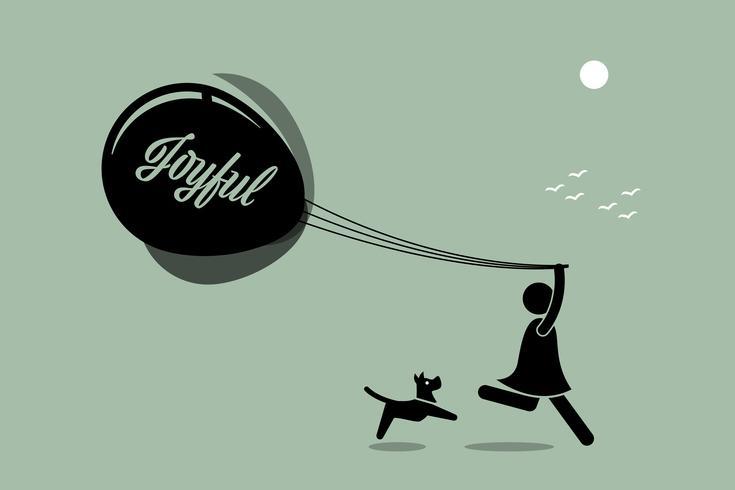 Muchacha que corre con los globos junto con un perro en al aire libre.
