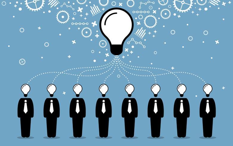 Gente de negocios que combina sus ideas, mentes y pensamientos para crear una idea más grande y mejor.