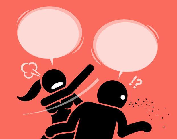 Verärgerte Frau, die einen Mann für unhöflich und beleidigend schlägt.