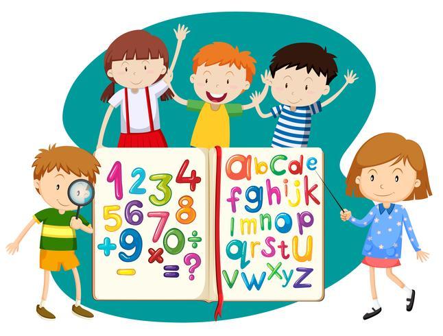 Niños con libro de matemáticas e inglés.