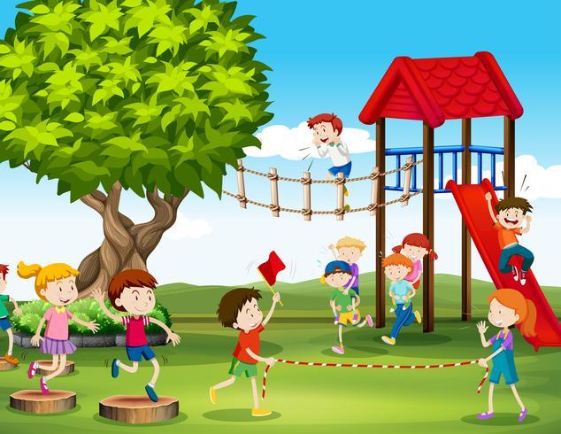 Kinder spielen und laufen auf dem Spielplatz vektor