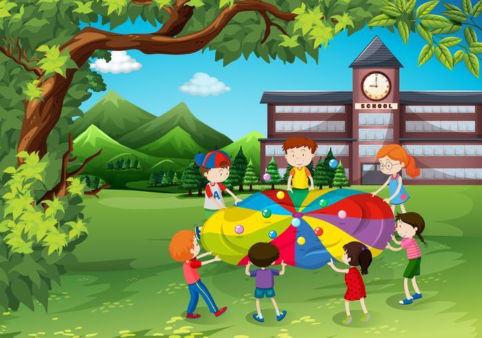 Crianças, tocando, em, a, pátio escola