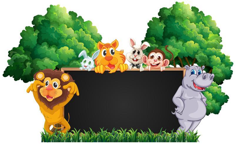 Lavagna con molti animali nel parco