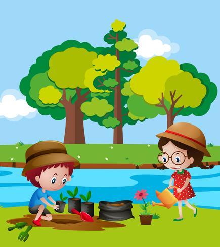 Pojke och tjej planterar träd med flod