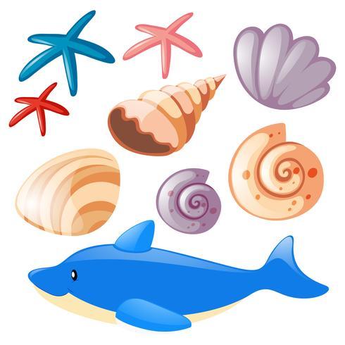 Océano con estrellas de mar y conchas.