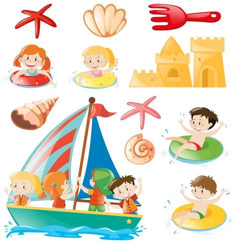 Bambini in barca e oggetti da spiaggia