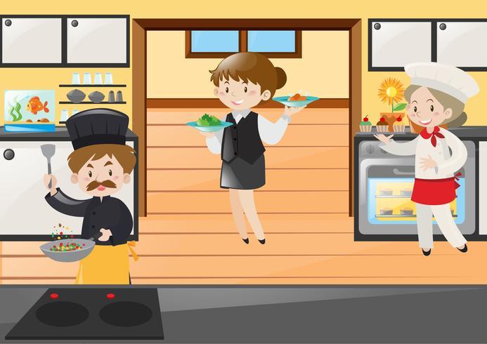 Chef-kok en serveerster die in restaurant werken