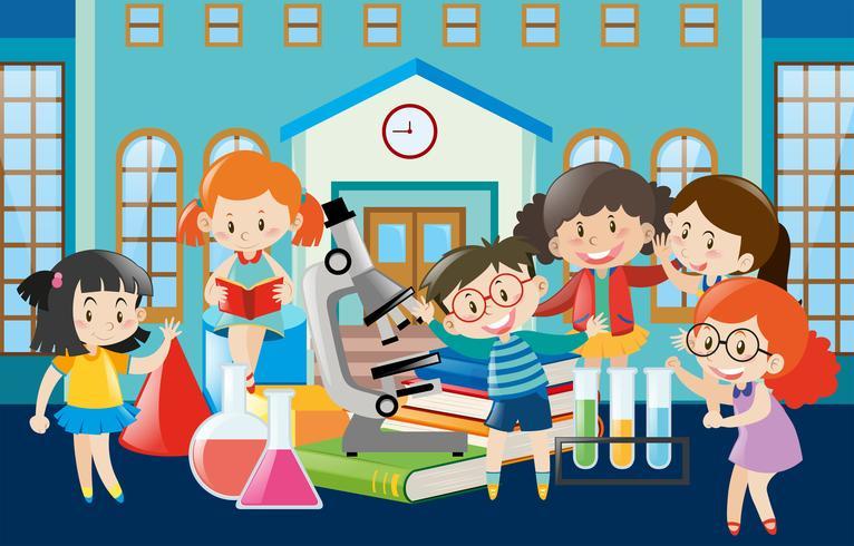Schüler lernen in der Schule