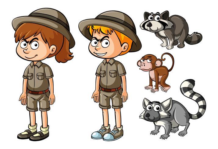 Niños en traje de safari con animales salvajes.