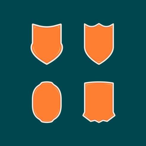 Colección de plantillas de forma de insignia de escudo naranja único en blanco colección 2
