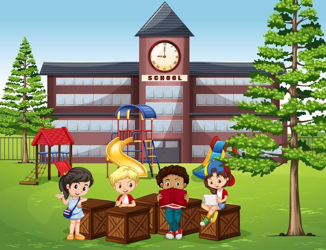 Niños leyendo y sentados frente a la escuela.