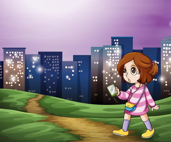 Um, menina jovem, caminhando, a, alto, edifícios