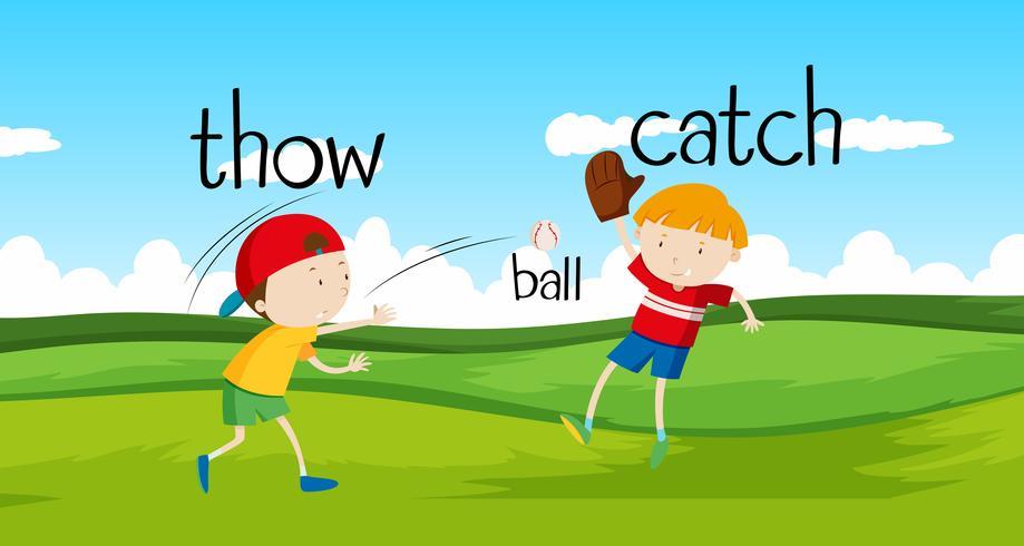 Pojkar kasta och fånga boll i fältet