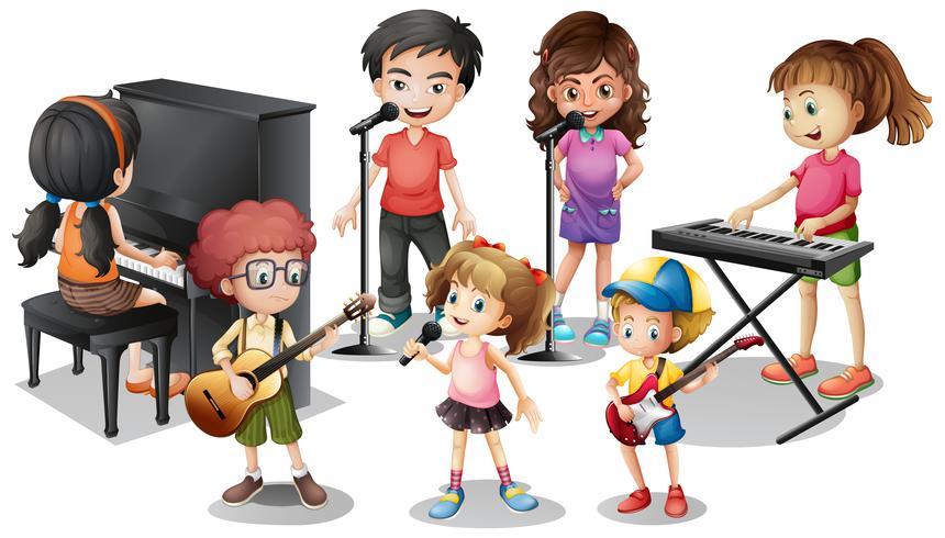 Niños tocando instrumentos y cantando.