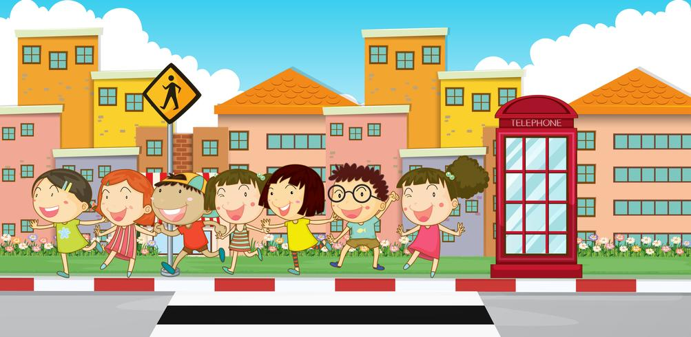 Många barn på trottoaren