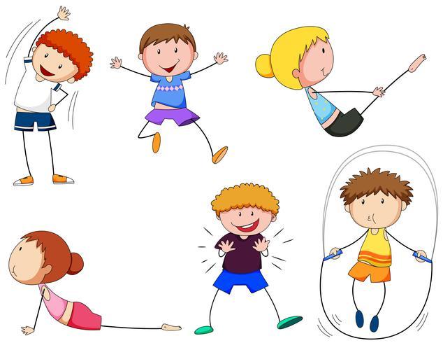 Garçons et filles faisant de l'exercice