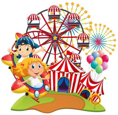 Escena de circo con niños en el paseo.