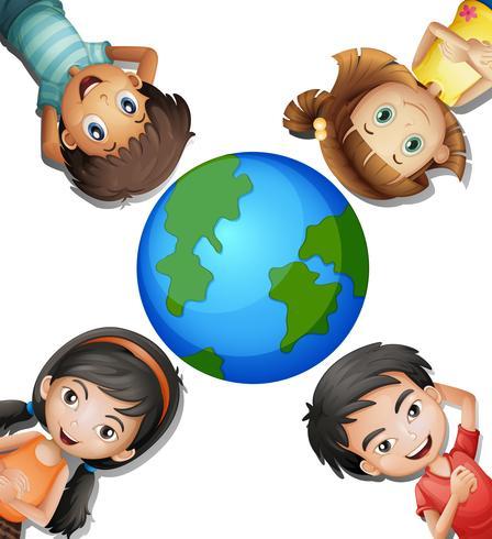 Fyra lyckliga barn och runda jorden