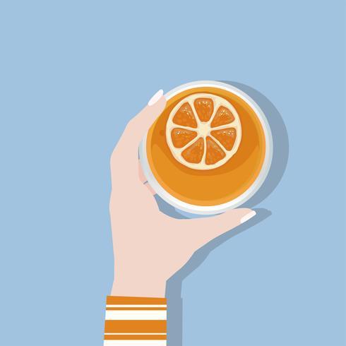 Illustrazione di una mano che tiene un bicchiere di succo d'arancia