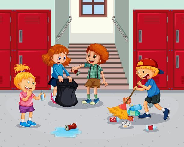 Corridoio della scuola di pulizia degli studenti