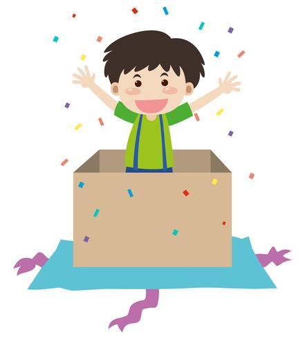 Gelukkige jongen in verjaardag huidige vak